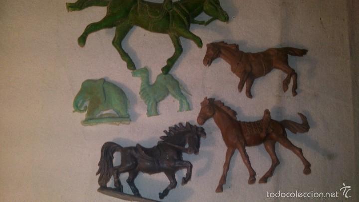 Figuras de Goma y PVC: ANTIGUOS CABALLOS EN PLASTICO O PVC JECSAN - Foto 2 - 58700409