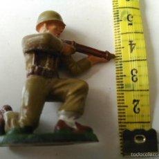 Figuras de Goma y PVC: SOLDADO STARLUX - 2ª GUERRA MUNDIAL - MADE IN FRANCE. Lote 58891531