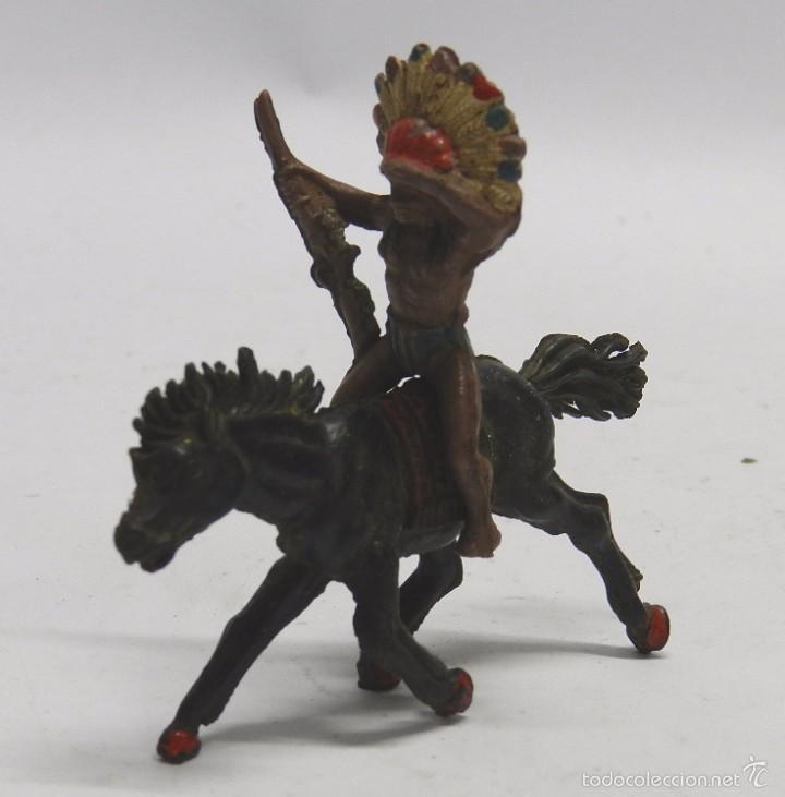 FIGURA INDIO GOMA A CABALLO, PECH HERMANOS, AÑOS 50. (Juguetes - Figuras de Goma y Pvc - Pech)