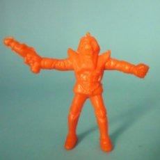 Figuras de Goma y PVC: GUERRERO ESPACIAL O ROBOT FIGURA. Lote 59659939