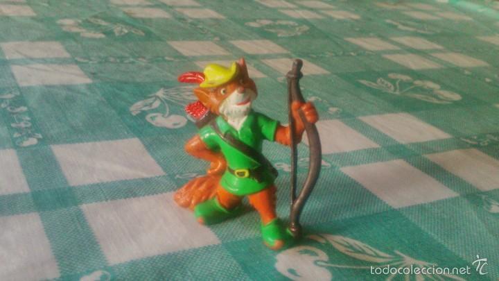 ROBIN HOOD FOX BULLY PVC FIGURA TOPPER DISNEY 1982 ,RARA DE VER. (Juguetes - Figuras de Goma y Pvc - Bully)