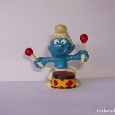 Figuras de Goma y PVC: MUÑECO PITUFO CON TAMBOR Y BAQUETAS. DE GOMA. PEYO. SMURF. Lote 62154224
