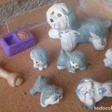 Figuras de Goma y PVC: LITTLEST PET SHOP KENNER 1993 LOTE MAMÁ CON CACHORROS PERROS DOGS. Lote 62435240