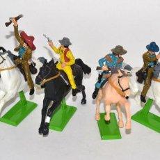 Figuras de Borracha e PVC: SERIE COMPLETA DE LOS 6 BANDIDOS Y COWBOYS A CABALLO, BRITAINS DEETAIL, COMO NUEVOS, BASE METÁLICA.. Lote 62526212