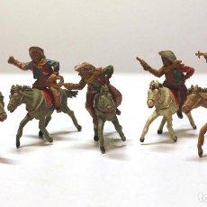 Figuras de Goma y PVC: LOTE DE VAQUEROS A CABALLO LAFREDO. Lote 62756916
