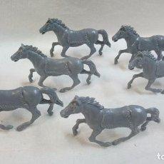 Figuras de Goma y PVC: LOTE DE 6 CABALLOS DE INDIOS. Lote 63665811