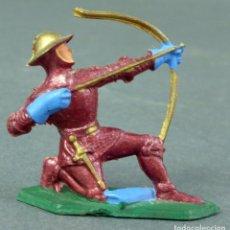 Figuras de Goma y PVC: MEDIEVAL ARQUERO STARLUX PLÁSTICO AÑOS 60. Lote 64962827