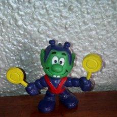 Figuras de Goma y PVC: MUÑECO PVC MARCIANO VERDE SMURF PITUFO ASTRONIK. Lote 66130402