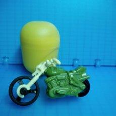 Figuras Kinder: KINDER MOTO CUSTOM FS129 RETRO FRICCIÓN SORPRESA HUEVO FERRERO FS 129 SIN BPZ COLECCION SPRINTY. Lote 66198026
