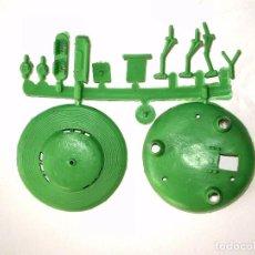 Figuras de Goma y PVC: MONTAPLEX 1 COLADA DEL PLATILLO VOLANTE - OVNI UFO - COLOR VERDE. Lote 244989585