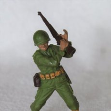 Figuras de Goma y PVC: SOLDADO NORTEAMERICANO BRITAINS LTD 1971 DEETAIL MADE IN ENGLAND US SOLDIER. Lote 67162293