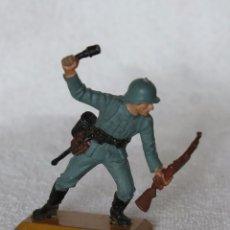 Figuras de Goma y PVC: SOLDADO ALEMAN BRITAINS LTD 1971 DEETAIL MADE IN ENGLAND GERMAN SOLDIER 2. Lote 67164861