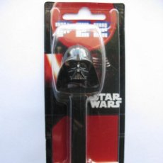 Dispensador Pez: DISPENSADOR CARAMELOS PEZ. STAR WARS - DARTH VADER (NUEVO SIN ABRIR). Lote 67187009