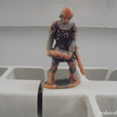Figuras de Goma y PVC: FIGURA EN PLASTICO CABALLERO MEDIEVAL DE MARCA REAMSA. Lote 68467033