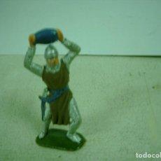 Figuras de Goma y PVC: FICURA CABALLERO MEDIEVAL PLASTICO. Lote 68684897