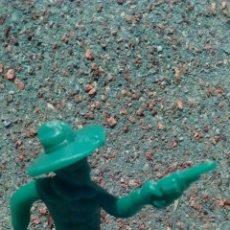 Figuras de Goma y PVC: ANTIGUA FIGURA DEL OESTE. VAQUERO EN PLÁSTICO. 55 MM.. Lote 68844366