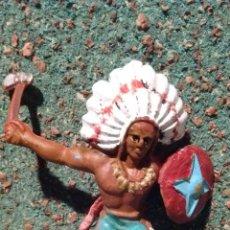 Figuras de Goma y PVC: ANTIGUA FIGURA DEL OESTE. GUERRERO INDIO. LONE STAR HARVEY SERIES MADE IN GT BRITAINS. 55 MM.. Lote 68861355
