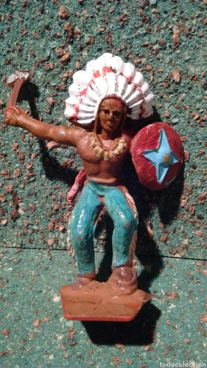 Figuras de Goma y PVC: Antigua Figura del Oeste. Guerrero Indio. Lone Star Harvey Series Made in Gt Britains. 55 mm. - Foto 4 - 68861355