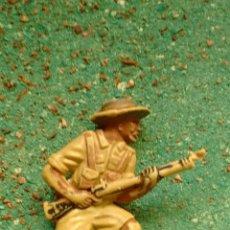 Figuras de Borracha e PVC: ANTIGUA FIGURA SOLDADO BRITÁNICO WWII. LONE STAR HARVEY SERIES MADE IN GT BRITAINS. PLÁSTICO. 50 MM.. Lote 68888447