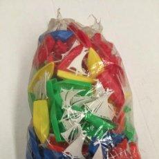 Figuras de Goma y PVC: BOLSA CON 50 BARCOS DE PLASTICO AÑOS 70. Lote 69418205