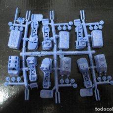 Figuras de Goma y PVC: MONTAPLEX-COLADA DE MINI CAMIONES- FABRICADOS POR EJUSA-AÑOS 80-COLOR AZUL. Lote 69651389