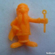 Figuras de Goma y PVC: FIGURA DE DUNKIN DE ASTERIX , DETRAS PONE UDERZO 80. Lote 210341910