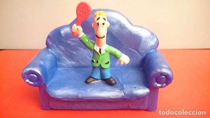 Figuras de Goma y PVC: Filiprim muñeco bully figura original nueva sillón azul comicland Yolanda - Foto 2 - 150674190