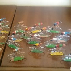 Figuras de Goma y PVC: CICLISTAS SOTORRES. Lote 70148585