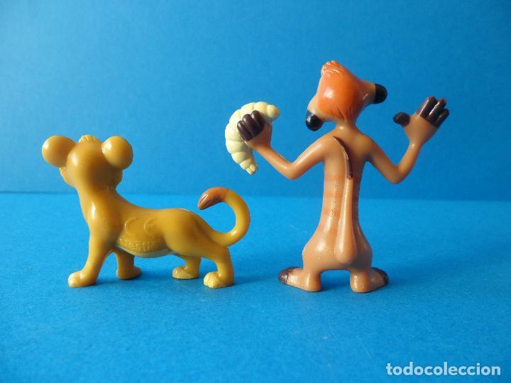 Figuras de Goma y PVC: Lote personajes de El Rey León - Disney - Timón y Simba - Nestlé - Foto 2 - 71028189