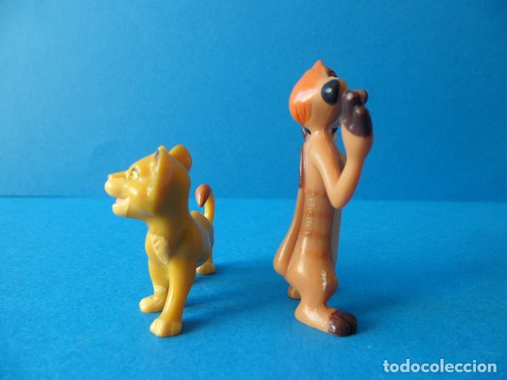 Figuras de Goma y PVC: Lote personajes de El Rey León - Disney - Timón y Simba - Nestlé - Foto 3 - 71028189