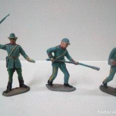 Figuras de Goma y PVC: TRES ARTILLEROS . REALIZADOS POR PECH . AÑOS 60. Lote 71224414
