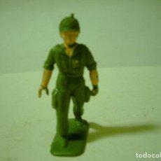 Figuras de Goma y PVC: FIGURA PLASTICO CREO PARACAIDISTA. Lote 71955203