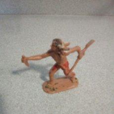 Figuras de Goma y PVC: ANTIGUO INDIO PUÑAL Y RIFLE EN LAS MANOS DE COMANSI. Lote 72305927