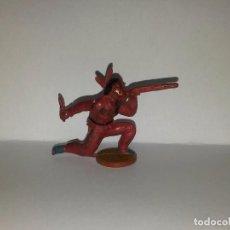 Figuras de Goma y PVC: INDIO EN GOMA DESMONTABLE, FABRICADO POR GAMA, AÑOS 1950-60, MIDE UNOS 5 CMS.. Lote 72452815
