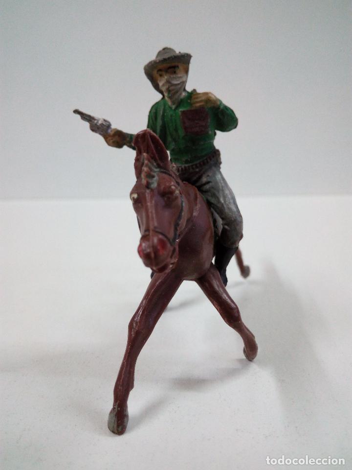 Figuras de Goma y PVC: VAQUERO BANDIDO - ATRACADOR A CABALLO . REALIZADO POR PECH . AÑOS 50 EN GOMA - Foto 3 - 72910683