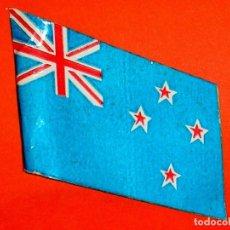 Figuras de Goma y PVC: BANDERA NUEVA ZELANDA, SERIE AUSTRALIANOS / NEOZELANDESES, PECH, ORIGINAL AÑOS 60.. Lote 112150095