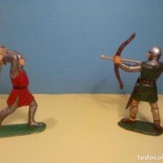 Figuras de Goma y PVC: GUERREROS MEDIEVALES. Lote 73723291