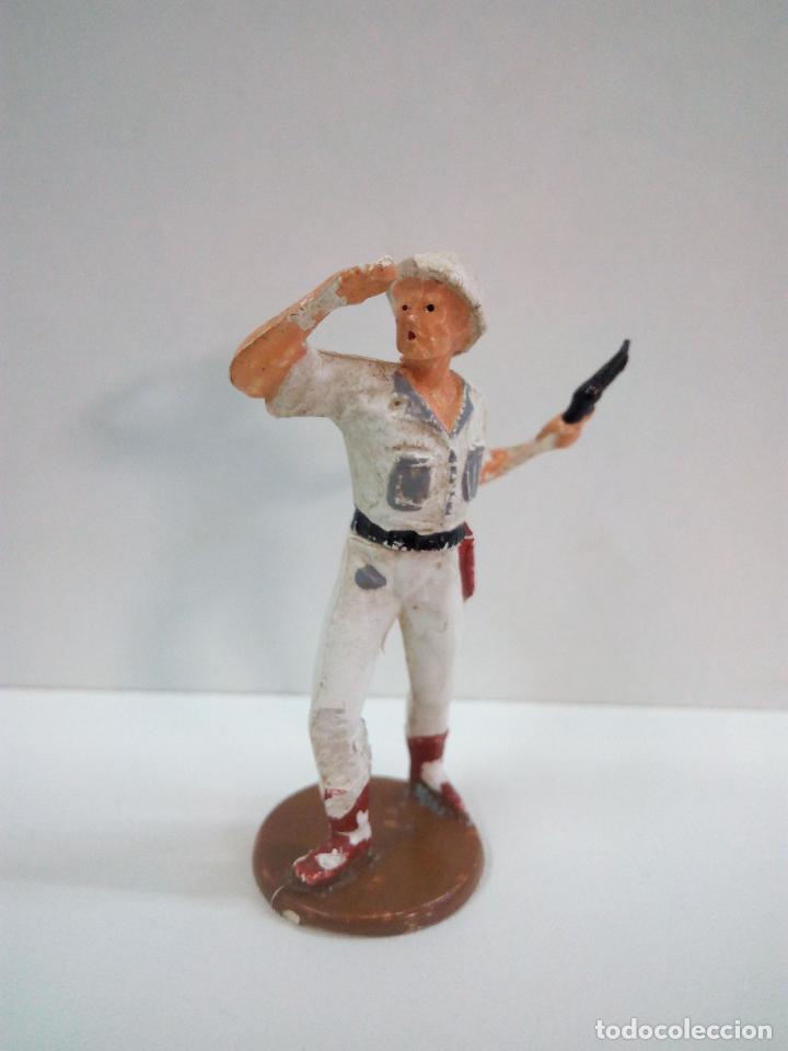Figuras de Goma y PVC: EXPLORADOR . REALIZADO POR GAMA . SERIE SAFARI . AÑOS 50 EN GOMA - Foto 2 - 73779459