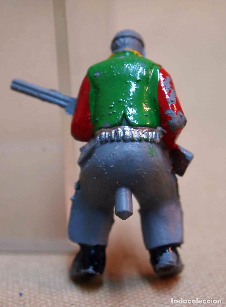 Figuras de Goma y PVC: FIGURA DE PLASTICO, VAQUERO O COW BOY, CONDUCTOR DE CARRETA, FABRICADO POR SOTORRES, 6 cm - Foto 2 - 73828411