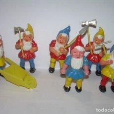 Figuras de Goma y PVC: ANTIGUAS FIGURAS DE PLASTICO DURO.. Lote 74310651