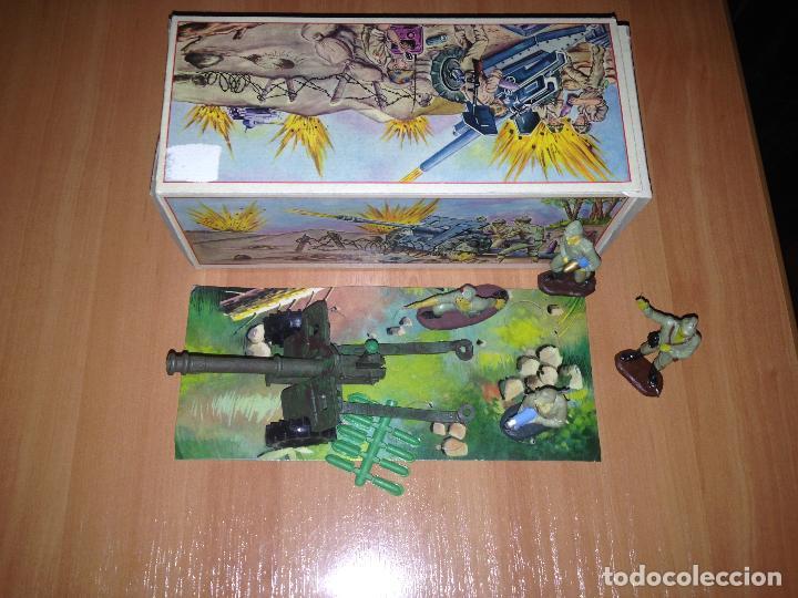 Figuras de Goma y PVC: ANTIGUO CAÑON ANTI TANQUE JAPONES JAPONESES JUGUETE PECH + FIGURAS SERVIDORES EN CAJA ORIGINAL. - Foto 3 - 74475755