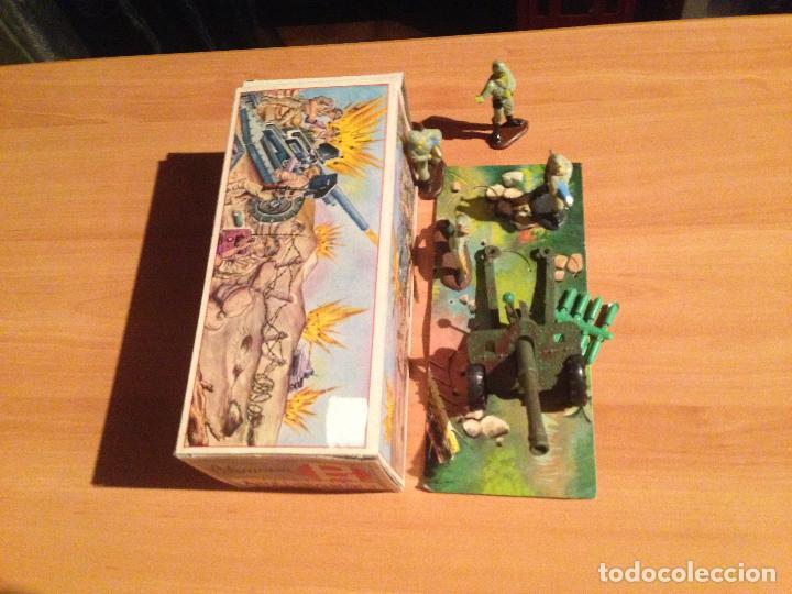 Figuras de Goma y PVC: ANTIGUO CAÑON ANTI TANQUE JAPONES JAPONESES JUGUETE PECH + FIGURAS SERVIDORES EN CAJA ORIGINAL. - Foto 5 - 74475755