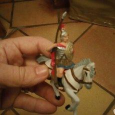 Figuras de Goma y PVC: SOLDADO ROMANO A CABALLO MARCA REAMSA PERFECTO ESTADO . Lote 74789959