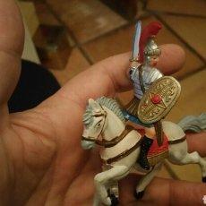 Figuras de Goma y PVC: SOLDADO ROMANO A CABALLO MARCA REAMSA PERFECTO ESTADO. Lote 74790341