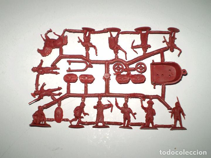 MONTAPLEX 1 COLADA DE LEGIONARIOS ROMANOS DEL SOBRE Nº 155 LEGIONES ROMANAS - COLOR BURDEOS (Juguetes - Figuras de Goma y Pvc - Montaplex)