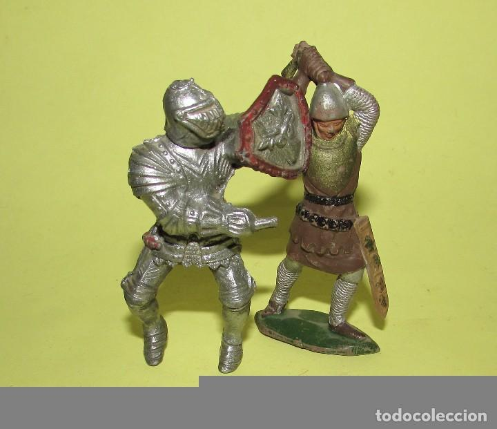 REY ARTURO - DOS FIGURAS ANTIGUAS (Juguetes - Figuras de Goma y Pvc - Reamsa y Gomarsa)