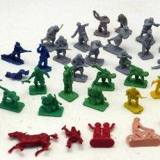 Figuras de Goma y PVC: 42 FIGURAS MONTAPLEX MONTA PLEX SOLDADOS ITALIANOS MARINES BOMBEROS Y OTROS AÑOS 70. Lote 75231215