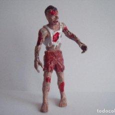 Figurines en Caoutchouc et PVC: FIGURA ZOMBI ALTURA 10 CM ARTICULACIONES MOVILES. Lote 76544587