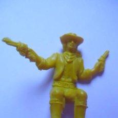 Figuras de Goma y PVC: FIGURA-MUÑECO PISTOLERO-COWBOY-VAQUERO COLOR AMARILLO PARA CARAVANA-CARROZA-DILIGENCIA COMANSI-EXIN. Lote 76642907