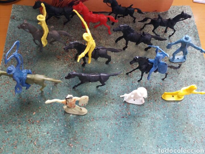 Figuras de Goma y PVC: Lote Antiguas Figuras del Oeste Comansi. Canal Pipero. Años 70. - Foto 15 - 76746785